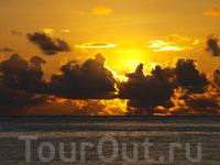 восход солнца на Занзибаре