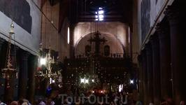 Это старейшая из действующих церквей. Центральный неф базилики сохранился со времён императора Юстиниана. Хотя, восстановительные работы проводились.