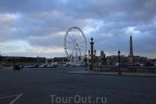 Колесо обозрения в Париже.