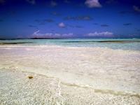 Нереально белый песок и чистейшая вода