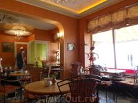 "В кафе ""Де Густо"", Майори, ул.Йомас"