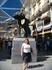 """С символом Мадрида - скульптурой """"Медведь и Земляничное дерево"""""""