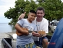 чаморский мальчик, с чаморской балалайкой