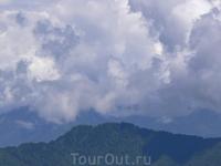 Перевал Дочула.Высота 3150 м  .Бутан
