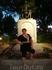 У памятника Гойи