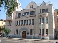 В таком особняке расположен один из факультетов Самарского технического университета