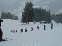 уроки в школе мини-горнолыжников