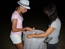Пхукет - остров исполнения желаний. Обязательно загадайте желание и запустите фонарик (цена 100 батт)