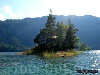 Озеро у Цугшпитце