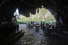 бар в пещере Паленки. Виньялес