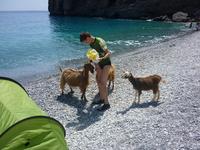 пляж Ilingas и местные кри-кри
