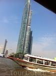 По реке Чао Прай до улицы Каосан,на которой находился наш отель Эраван