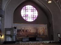 Витражи костела в Тампере
