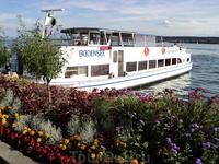 Знаменитое Боденское озеро.. фото не передает оттенка воды, к сожалению...) пароходиков достаточно много.. стоимость поездки весьма гуманна...) экскурсий ...