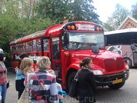 Амстердам. Экскурсионный автобус по городу с аудиогидом.