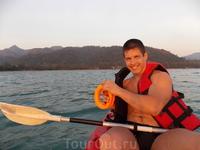 90 батт в час за чудесную водную прогулку на каяке)))