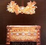 Погребальный ларец и венок из золота Филиппа IV