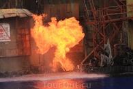Настоящий взрыв во время водно-пиротехнического шоу на студии Universal