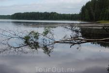 Третье Рощинское озеро ранним туманным утром.