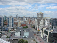 Екб ул. Ванера - пешеходная улица (целый бульвар)  Такие пешеходные улицы есть во многих крупных городах России и зарубежья.