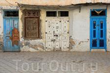 и это двери жилых домов