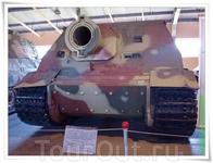 «Sturmtiger» («Штурмтигр»), полное официальное название - 38 cm RW61 auf Sturmmörser Tiger, распространено также название Sturmpanzer VI («Штурмпанцер ...