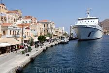 о. Сими. Один из красивейших островов Греции!