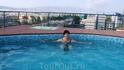 бассейн на крыше отеля