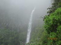 Один из водопадов.
