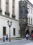 История пражского университета, Каролинума, берет свое начало в 1348 году. Именно тогда по предложению Арношта – пражского архиепископа – в квартале Старе-Место ...