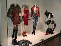 Равенна-витрины модных магазинов