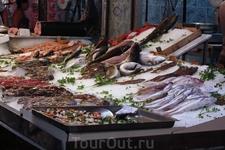 рыбный рынок в деревушке