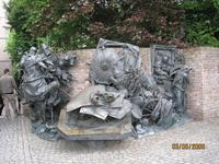 Памятник основания Дюссельдорфа