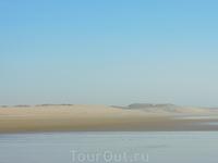 Иногда создавалось впечатление, что ты вообще на диком пляже, вдалеке от людей...