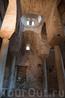 Стило. Внутри храма Католика