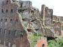 И снова руины