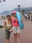 Променад вдоль пляжа Клеопатра с видом на гору
