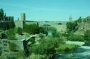 Мост Алькантара и одноименные ворота. Мост, воспетый Эль Греко в его «Виде города Толедо», был построен еще римлянами и долгое время являлся единственным ...