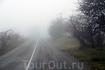 Как только въезжаю в Лучистое, что у подножья Демерджи, сразу оказываюсь в густом тумане