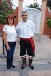 На прощание фото с местным жителем в национальном костюме.