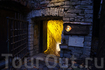 таинственная дверь в подземелье