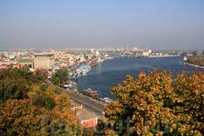 Вид с Европейской площади на речной вокзал.