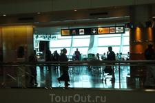 утро в аэропорту Дубай