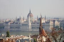 Вид на Парламент с Рыбацкого бастиона