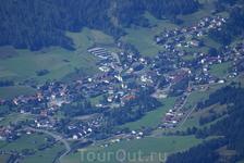Деревушка в низине(австрийская сторона)