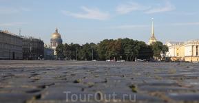 Опять на площади Дворцовой...