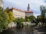 Замок Крумлова (чешск. Zámek Český Krumlov) — замок в Южной Богемии в 170 км от Праги. Считается вторым по величине замком Чехии после Пражского града ...