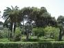После каменной Мдины ее пригород Рабат кажется просто оазисом.