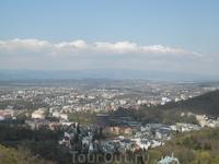 видна город с башни диана