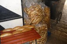 Старый город.Арабы пекут хлеб.А запах..
